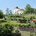 über malaerischen Gärten thront das Schloss Werdenberg