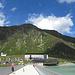 Spaziergang über die Staumauer des Silvretta Stausees