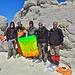 Zusammen mit iranischen Bergsteigern auf dem Gipfel