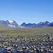 Auf dem Hochplateau angekommen tauchen die Gipfel rund um Nallo auf