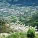 Tiefblick auf Algund über den Vellauer Felsenweg hinweg