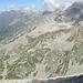 sguardo panoramico dal Pizzo Cazzola verso il Passo Cazzola: a sinistra la parte alta della Val Formazza