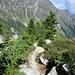 Abstiegsweg vor der gesicherten Felsstufe