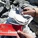 Gipfelbuch Drättehorn. Wir finden 5 Einträge aus dem Jahr 2012...