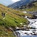 il sentiero in Val Cadlimo lungo il Reno Medel...