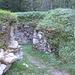 La seconda delle due fornaci che si incontrano lungo il percorso, si trovano in una zona di roccie metamorfiche (graniti, gneiss), il materiale da calcinare veniva estratto da una cava di marmo sull'altro versante della valle. A fine '800 l'attività cessò per il completo disboscamento delle zone circostanti.