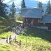 Der Andrang am späten Nachmittag war auf der Alp Vorderselun so groß, daß wir es vorzogen die 600hm im Abstieg zu machen, als über 1 Stunde zu warten.