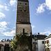 Der mächtige Burgfried