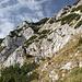 Im Aufstieg zum Maglić / Маглић (Route durch die Ostflanke) - Geh- und Kraxelgelände wechseln sich ab.