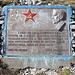 """Gipfel Maglić / Маглић - In unmittelbarer Nähe des höchsten Punktes befindet sich diese Tafel mit nachfolgender Inschrift (man beachte auch die """"frischen"""" Patronenhülsen auf Titos Kopfbedeckung):<br /><br />In Erinnerung an alle Kämpfer der Bürgerfreiheits-Armee von Jugoslawien, welche, geführt durch die Kommunistische Partei und den Spitzenkommandanten Tito, im Großraum der Sutjeska im Juni 1943 einen historischen Sieg gegen die viel größeren faschistischen Truppen gefeiert haben, erheben wir dieses Denkmal<br /><br />Maglić, Juni 1973              <br />Klub der Sutjeska Freunde Sarajevo."""