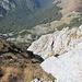 Maglić / Маглић - Tiefblick aus dem Gipfelbereich hinunter nach Prijevor / Пријевор. Dort befindet sich auch ein möglicher Ausgangspunkt für die Besteigung des Maglić.