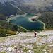 Im Abstieg zum Trnovačko jezero / Трновачко језеро (Šarena lastva / Шарена ластва) - Der Weg führt durch steile Geröll- und Grasflanken.
