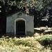 Wegkapelle kurz vor Zerfreila: das Calvariachappeli.