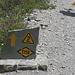 Die typische Wegmarkierung auf der Tour du Mont Blanc (TMB)