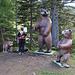 Bärenfiguren an der Bärenbadalm, eine geniale Idee. Wunderbar.