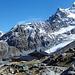 Coaz-Hütte mit Schneekuppe und Sellagletscher