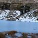 Il lago interamente ghiacciato