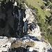 Abstieg vom Goggeien Schär Nordgipfel. Gut zu sehen gleich zu beginn die Schlüsselstelle und der Grat