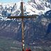 Gipfelbucheintrag vor den beherrschenden Gestalten von Sichelchamm und Gamsberg
