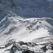 Schwarzhorn Südgrat und unserer Aufstiegsspur. Links im Übergang zum Schatten der Augstbordpass