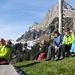 Gruppenbild bei der Vesperpause an der Alp Tschingla  von links: Marcel - Nicole - Esther - Hanspeter - Franz - Rösly