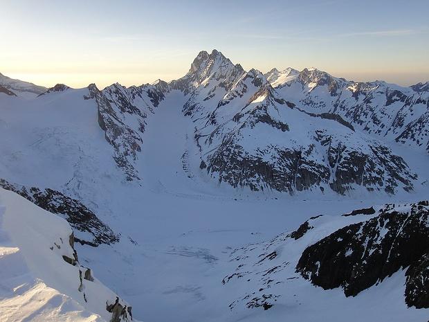 Blick vom Oberaarhorn gegen Norden