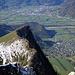 Tiefblick vom Mittlerspitz über den Guschner Gir auf Balzers und Sargans im Rheintal