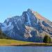 Am Gräppelensee, Blick auf den Wildhauser Schafberg. Das markante Schneeband sind die Vrenenchelen, Tour siehe [tour57679 Wildhauser Schafberg via Vrenenchelen und Ostwandrinne]