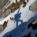 Klettersteigen – Skis gebuckelt