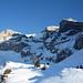 Wilde Walenstöcke; über das steile Schneeband unten rechts fährt man aus der Gross Chälen aus