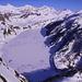 """Il lago Ritom e il Lago Cadagno ghiacciati dominati dal <a href=""""http://www.hikr.org/tour/post9398.html"""" target=""""_blank"""">Piz Rondadura 3016m</a>"""