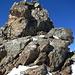 Diesen Gratturm gewann ich in leichter Kletterei links über die Südseite