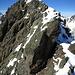 Endstation kurz vor dem (Haupt-)Gipfel des Piz da las Clavigliadas - es fehlen nur wenige Höhenmeter zum höchsten Punkt mit Steinmann