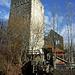 Auf diesem Foto kann man erst richtig erkennen wie mächtig der Burgfried in Wirklichkeit ist.