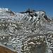 Genau unter den Bärenköpfen führt tief unten im Berg der Felbertauerntunnel durch den Alpenhauptkamm.