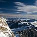 Nordend und Weissgrat von der Zumsteinspitze. Am Horizont sieht man die Berner Alpen mit dem Finsteraarhorn etwas rechts von der Bildmitte.