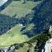 Tiefblick auf das Berggasthaus Gafadurahütte