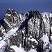 Schreckhorn (4078m) und Lauteraarhorn (4042m). Die beiden schwierigsten Gipfel der Berner Alpen vom Gipfel des Finsteraarhorns (4273m) gesehen.