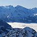 Blümlisalpfirn hoch über dem Nebelmeer.