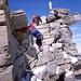 die kleine Kletterstelle (II) direkt vor dem Gipfel