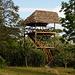 Im Garten, ein Aussichtsturm mit Blick zum etwa 65 km entfernten Kilimanjaro